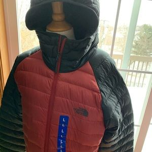 NWT North Face Trevail Men's Hoodie Jacket Red